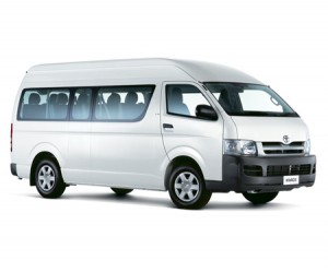 TOYOTA-HIACE-2.5-MANUAL-(VAN)